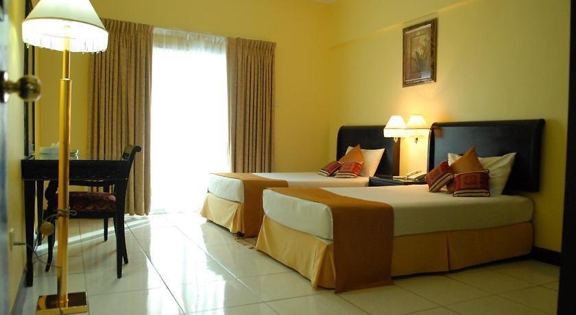 Hotel Deebaj Al Khabisi Plaza  Dubai